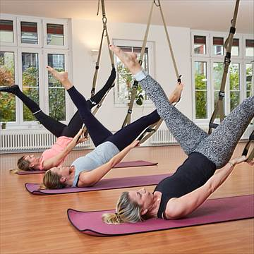 Pilates meets TRX